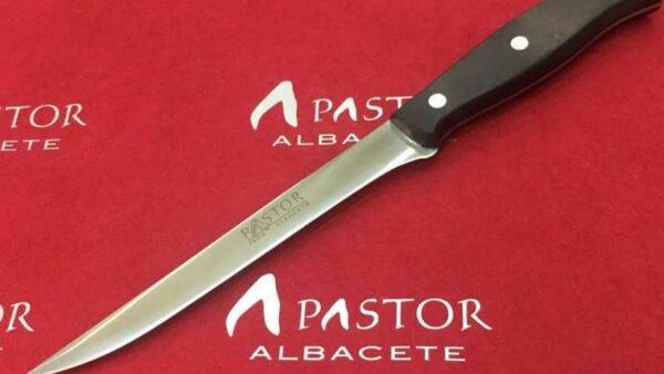 Cuchillo Filetero Pastor Hoja de 18 cm