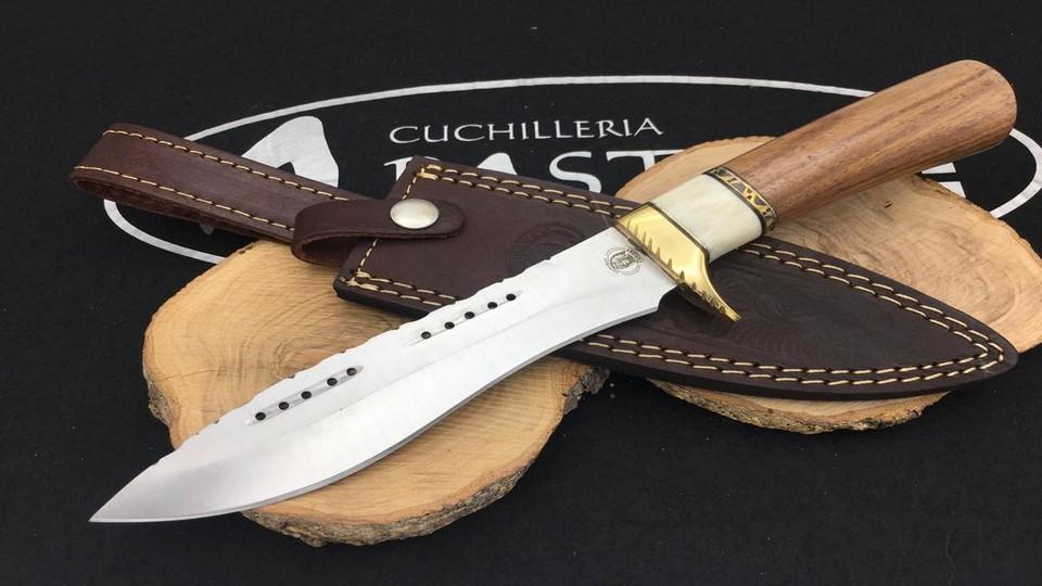 Cuchillo Monte Chipaway Hueso y Madera