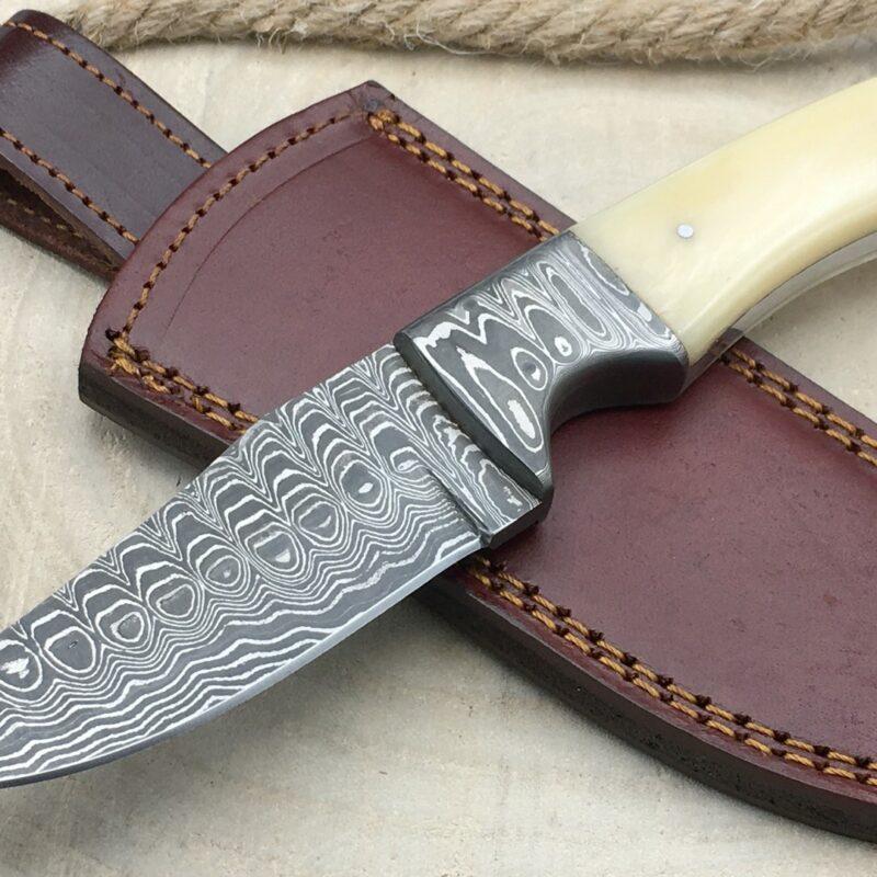 Cuchillo Rite Edge DM1051BO Damasco y Hueso